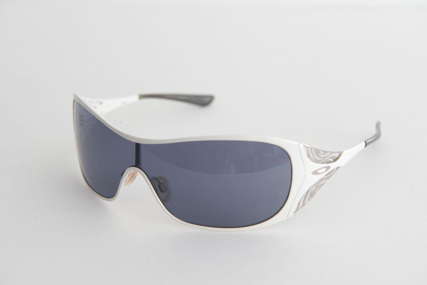 cheap oakley liv sunglasses  oakley liv 05671